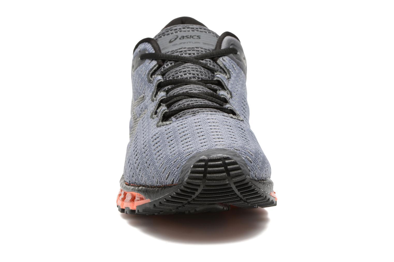 Chaussures de sport Asics Gel-Quantum 360 Shift Gris vue portées chaussures