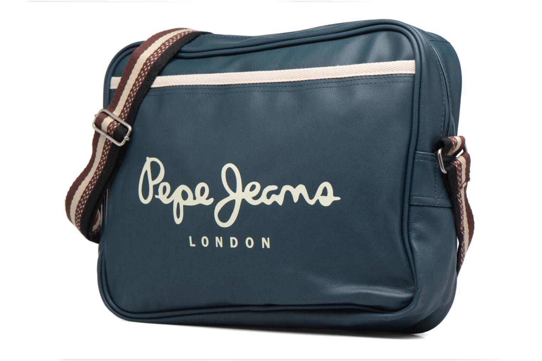 Sacs homme Pepe jeans IVY Bag Bleu vue portées chaussures