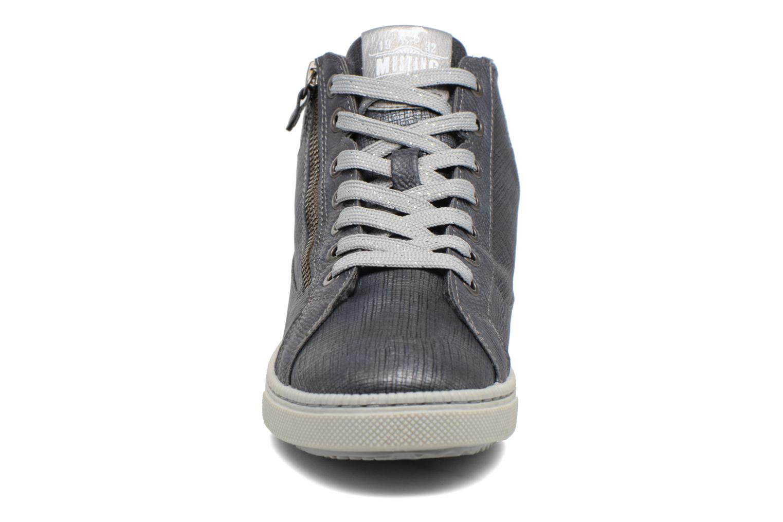 Baskets Mustang shoes Meike Gris vue portées chaussures
