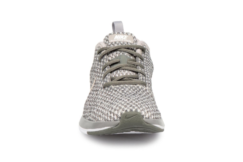 Baskets Nike Dualtone Racer Se (Ps) Vert vue portées chaussures