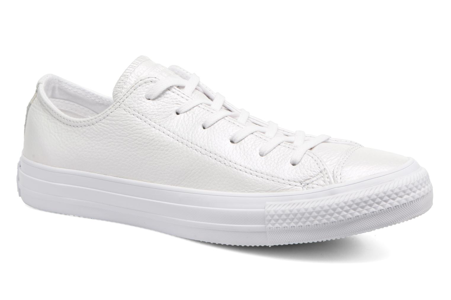 Baskets Converse Chuck Taylor All Star Iridescent Leather Ox Blanc vue détail/paire