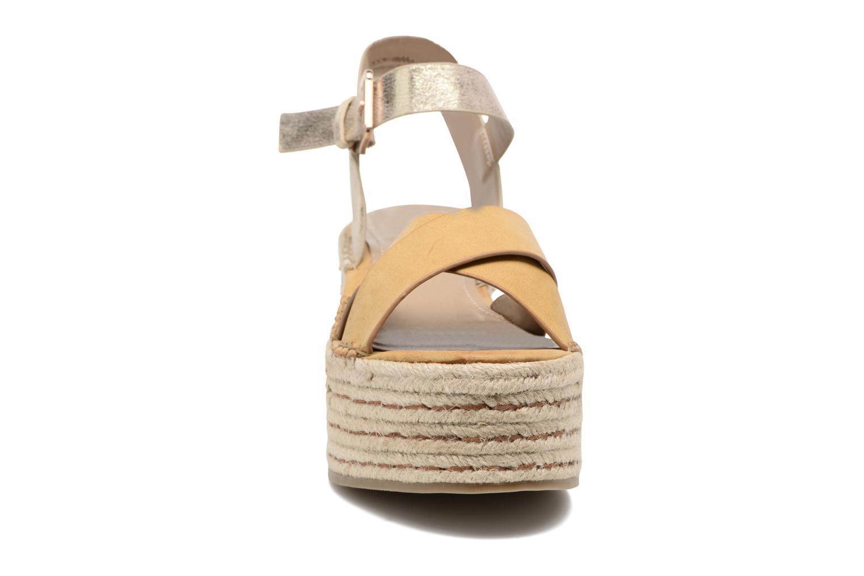 Sandales et nu-pieds S.Oliver Camila Marron vue portées chaussures