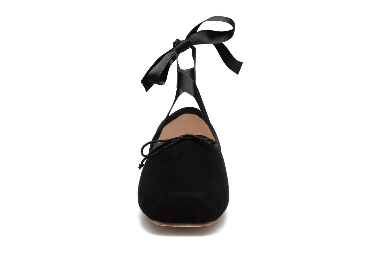 Delta Chèvre Velours Noir 001