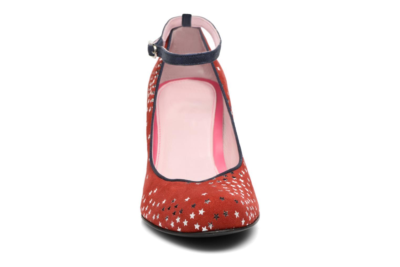 Zapatos de tacón Annabel Winship Queen Rojo vista del modelo