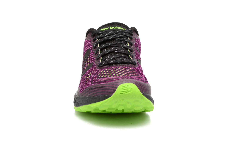 Chaussures de sport New Balance WTGOBI Violet vue portées chaussures