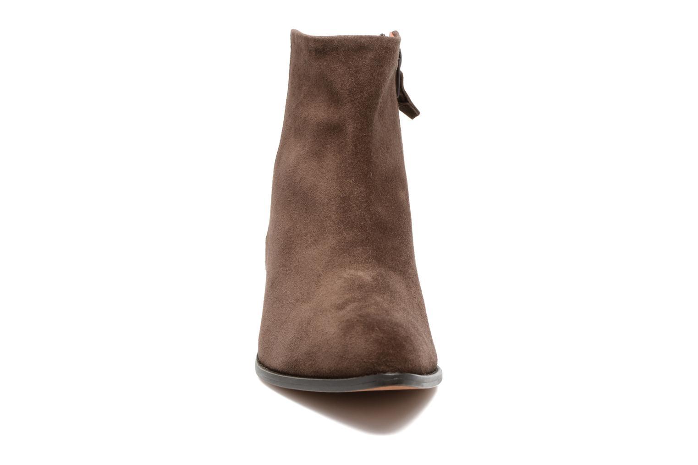 Bottines et boots Elizabeth Stuart Havys 500 Marron vue portées chaussures
