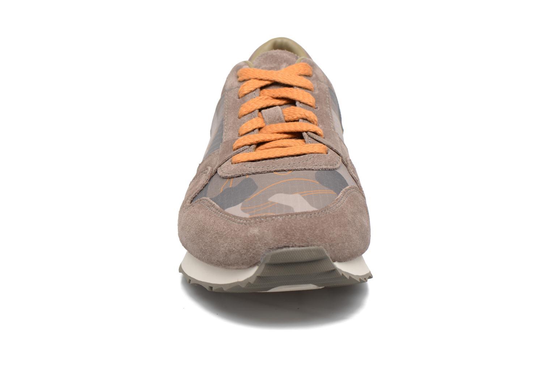 Baskets UGG Trigo Camo Beige vue portées chaussures