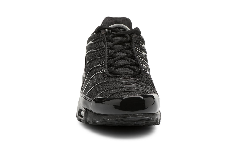 Sneaker Nike Air Max Plus schwarz schuhe getragen