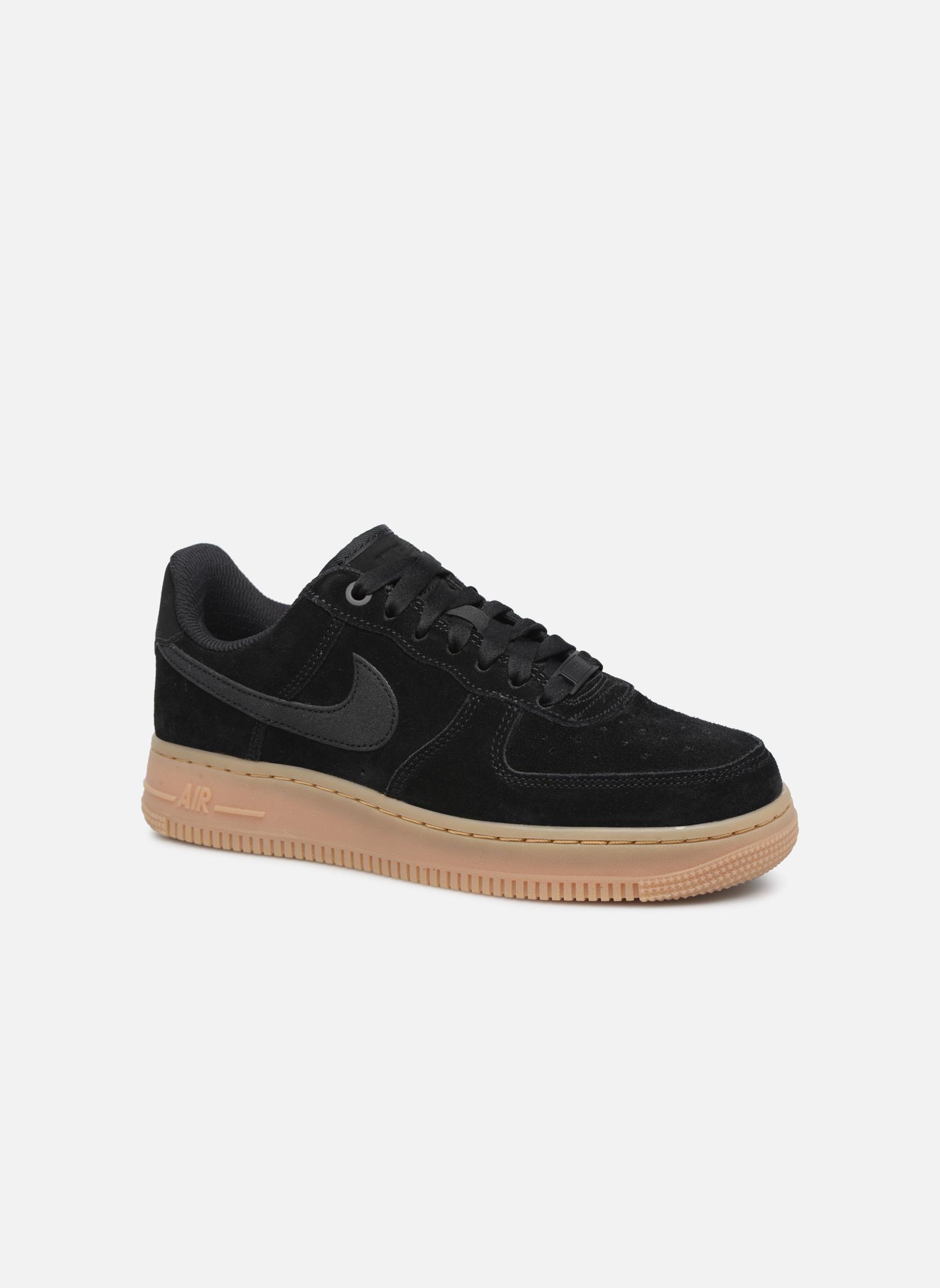 Baskets Nike Wmns Air Force 1 '07 Se Noir vue détail/paire