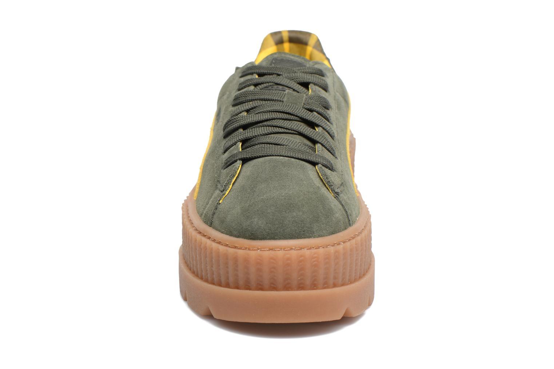 Baskets Puma Fenty Wn Cleated Creeper Vert vue portées chaussures