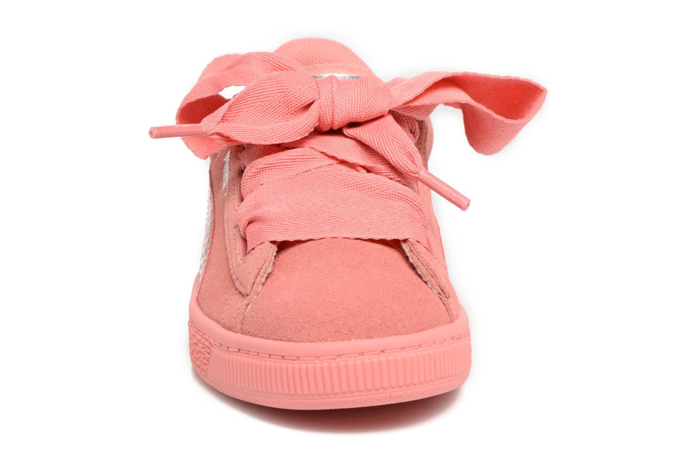 Baskets Puma Suede Heart SNK Rose vue portées chaussures