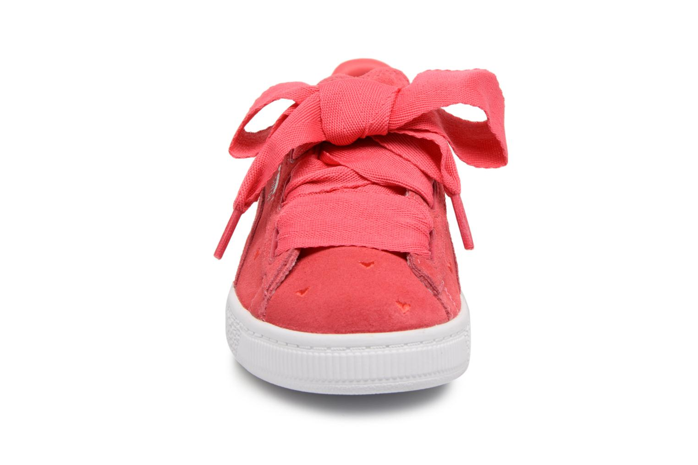 Baskets Puma Suede Heart Valentine Rose vue portées chaussures