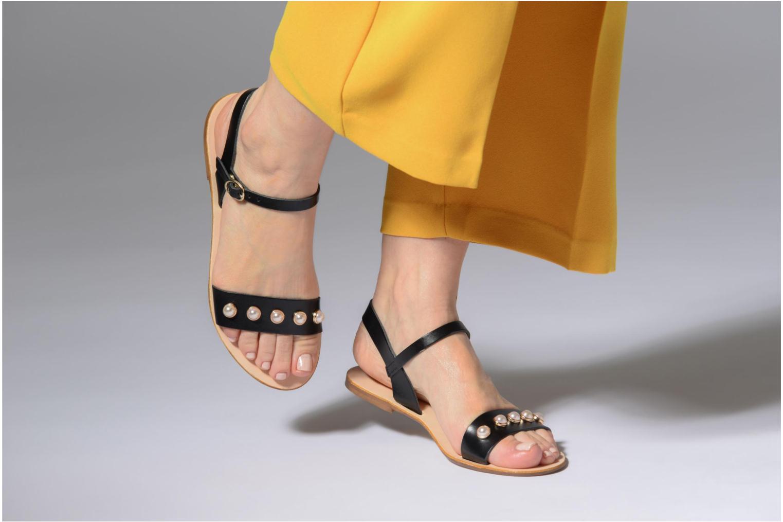 Sandales et nu-pieds Georgia Rose Docultura Noir vue bas / vue portée sac