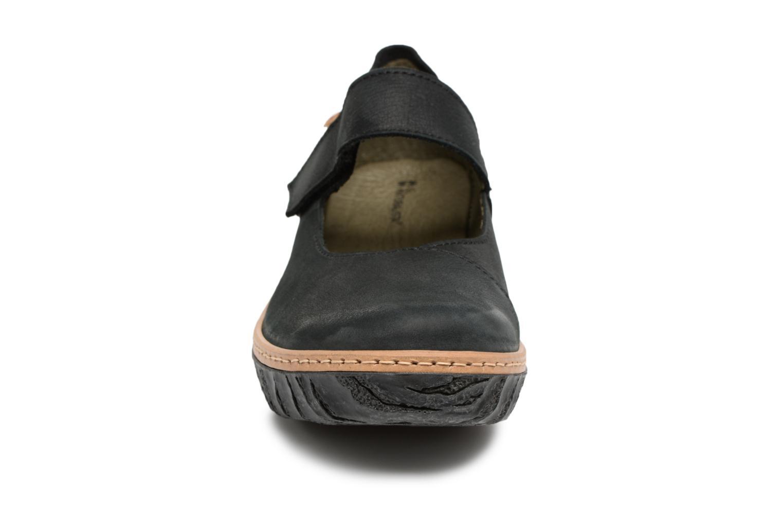 Ballerines El Naturalista Myth Yggdrasil N5135 Noir vue portées chaussures