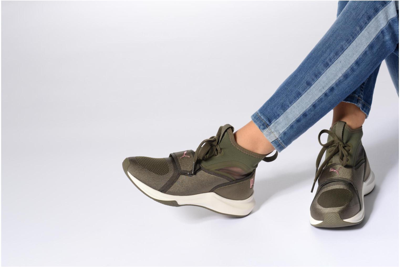 Chaussures de sport Puma Phenom Rose vue bas / vue portée sac