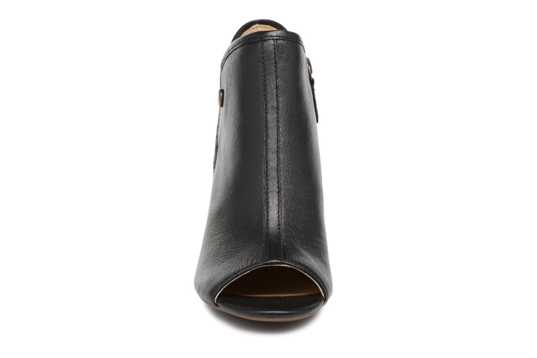 Bottines et boots Geox D EUDORA G D828ZG Noir vue portées chaussures
