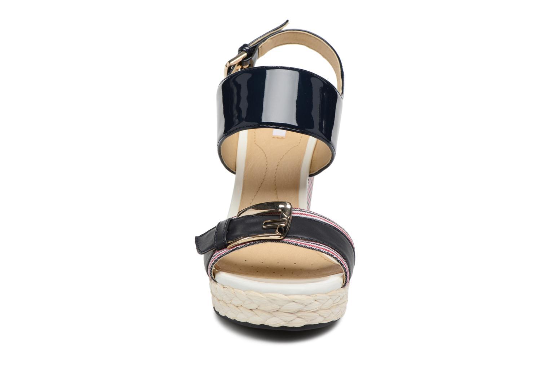 Sandales et nu-pieds Geox D JANIRA E D82P6E Bleu vue portées chaussures