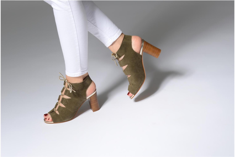 Sandales et nu-pieds Georgia Rose Calista Vert vue bas / vue portée sac