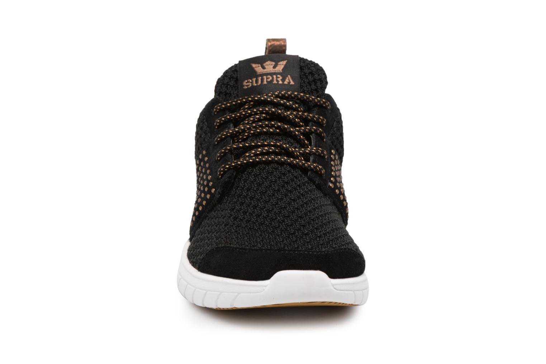 Baskets Supra Womens Scissor Noir vue portées chaussures