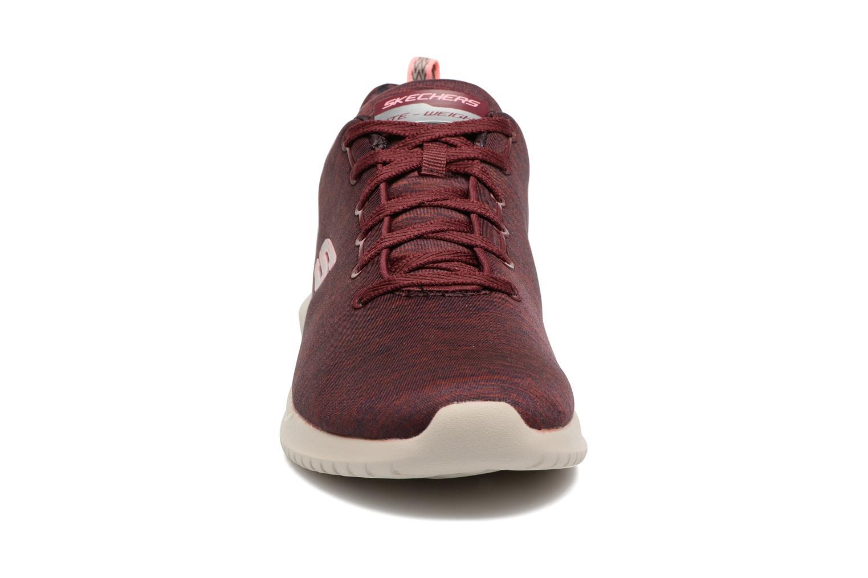 Chaussures de sport Skechers Ultra Flex-First Choice Bordeaux vue portées chaussures