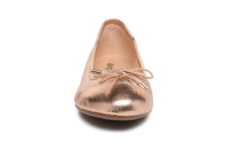 Ballet pumps Georgia Rose Lenova Soft Bronze and Gold model view
