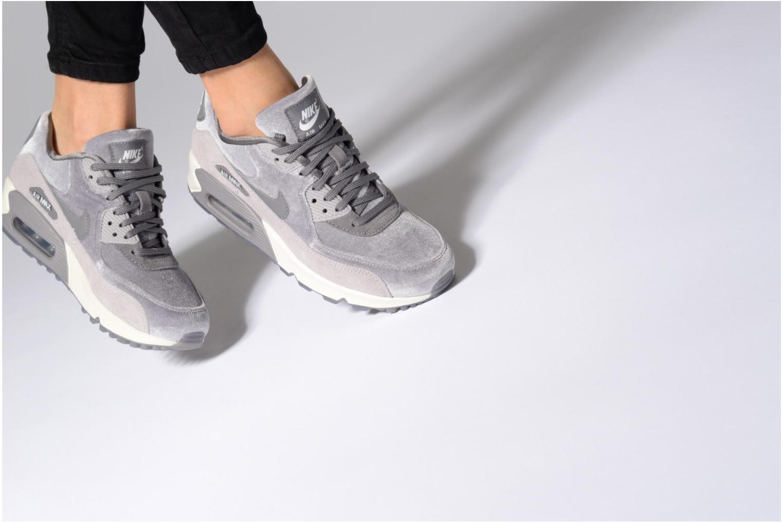 Baskets Nike Wmns Air Max 90 Lx Orange vue bas / vue portée sac