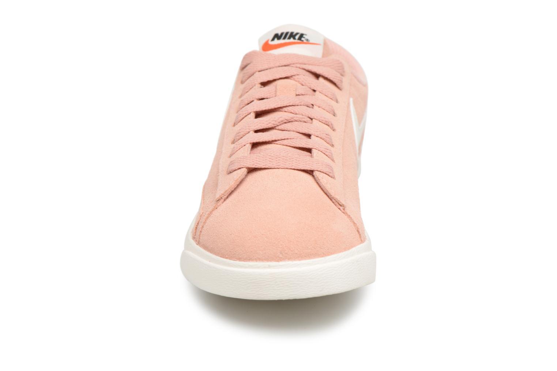 Baskets Nike W Blazer Low Sd Rose vue portées chaussures