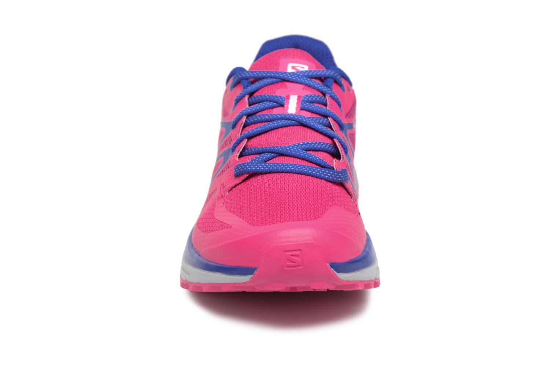 Chaussures de sport Salomon Sense Escape W Rose vue portées chaussures