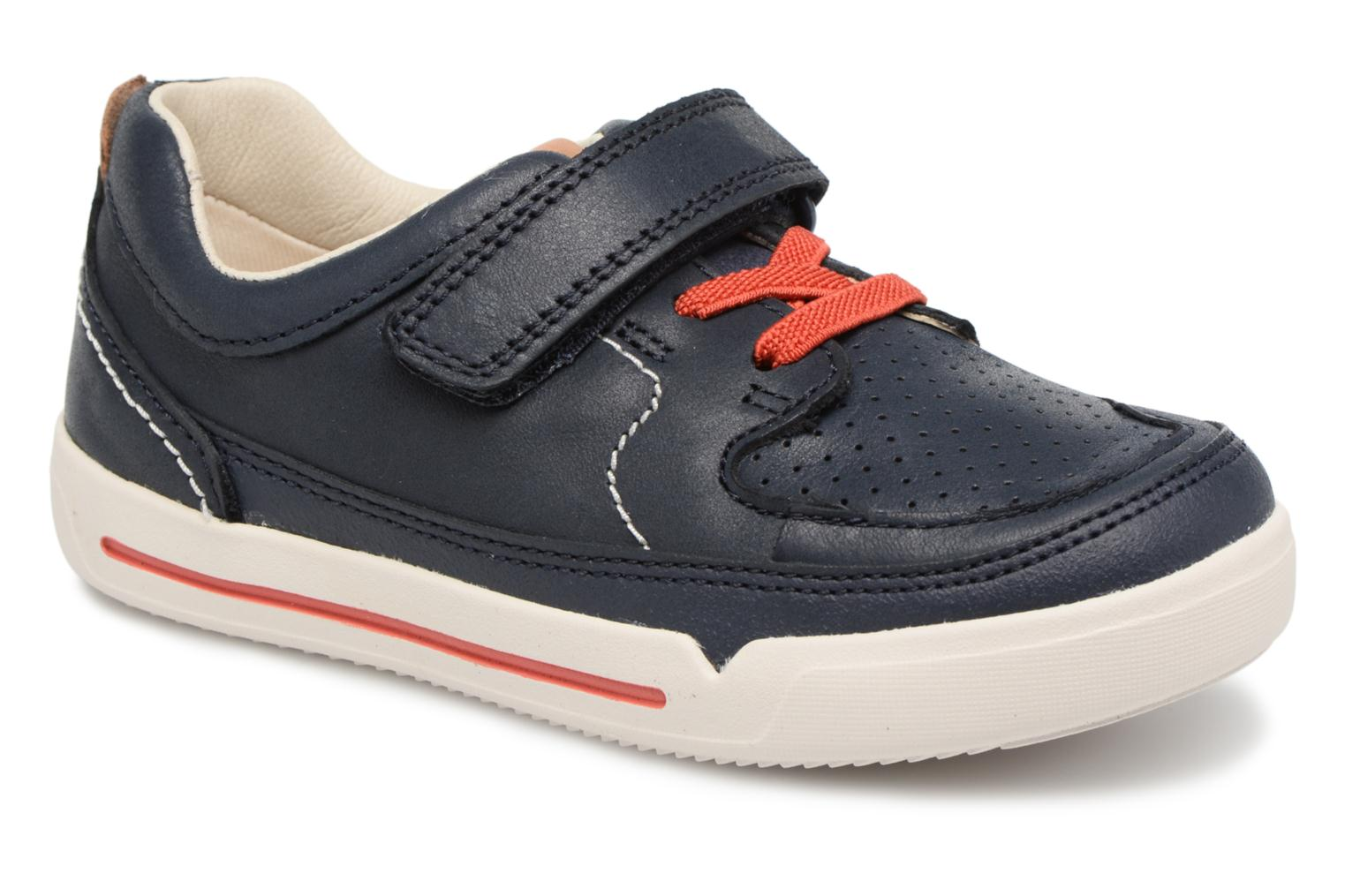 Trainers Clarks Mini Oasis Blue detailed view/ Pair view