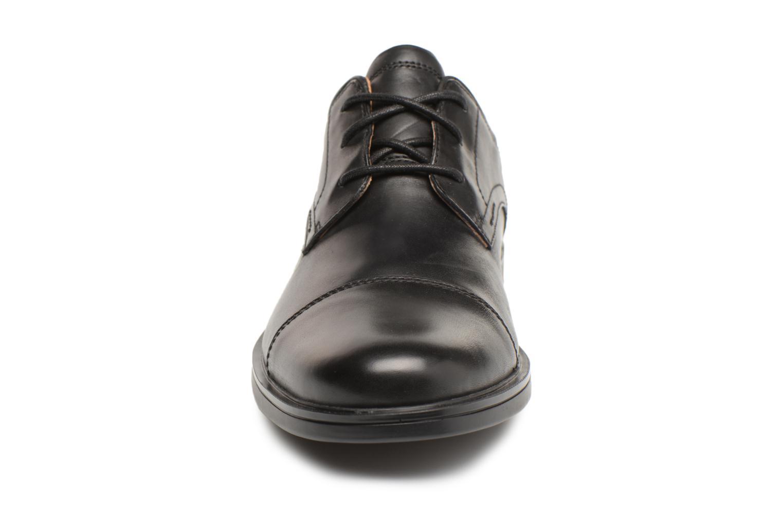Chaussures à lacets Clarks Unstructured Un Aldric Cap Noir vue portées chaussures