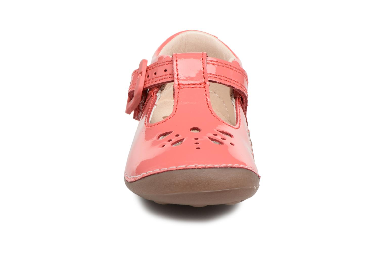Ballet pumps Clarks Little Weave Pink model view