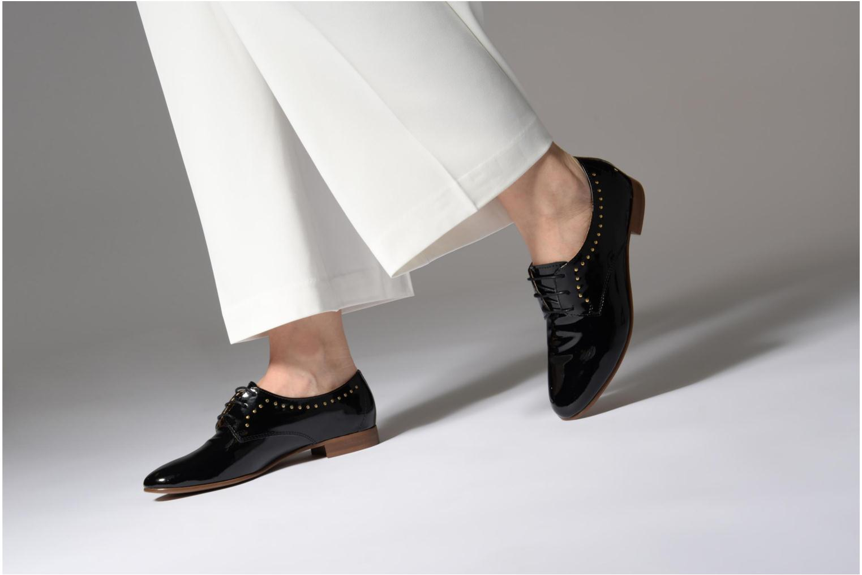 Chaussures à lacets Georgia Rose Aliclous Noir vue bas / vue portée sac