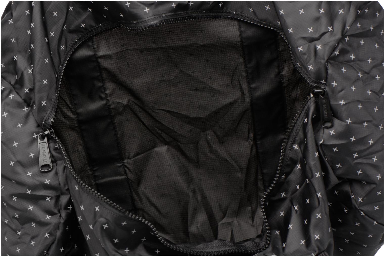 Sporttaschen Herschel Packable Duffle schwarz ansicht von hinten