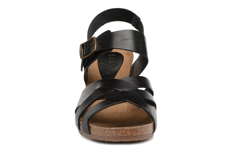 Sandales et nu-pieds Kickers Spicy Noir vue portées chaussures