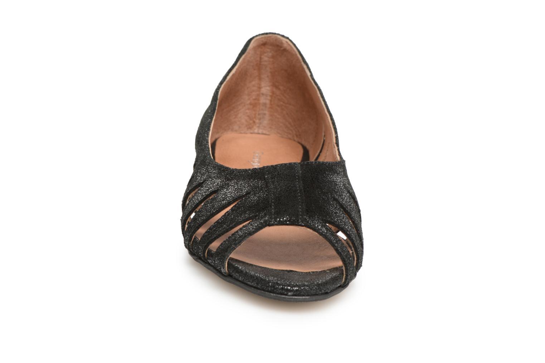 Ballerines Georgia Rose Escagea Noir vue portées chaussures