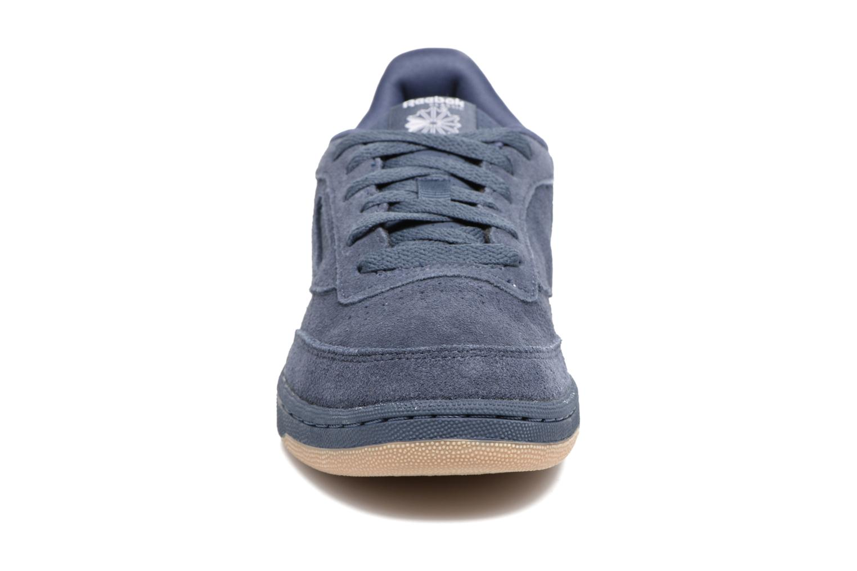 Baskets Reebok CLUB C/BS7285 Bleu vue portées chaussures