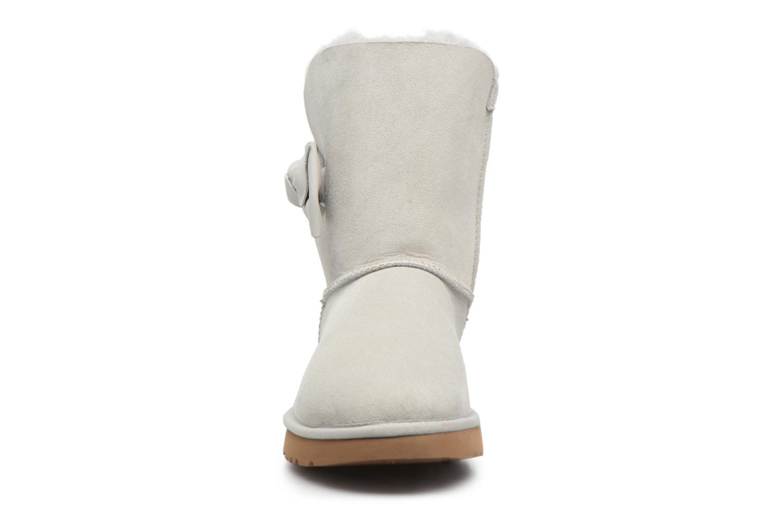 Bottes UGG Daelynn Gris vue portées chaussures