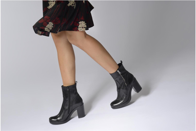 Bottines et boots Elizabeth Stuart JETA 329 Noir vue bas / vue portée sac