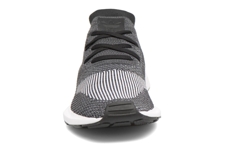 Sneakers Adidas Originals Swift Run Pk Zwart model