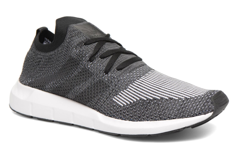 Sneakers Adidas Originals Swift Run Pk Zwart detail