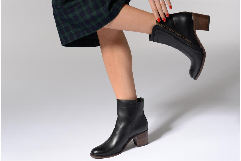 Bottines et boots Kickers JESSY Noir vue bas / vue portée sac