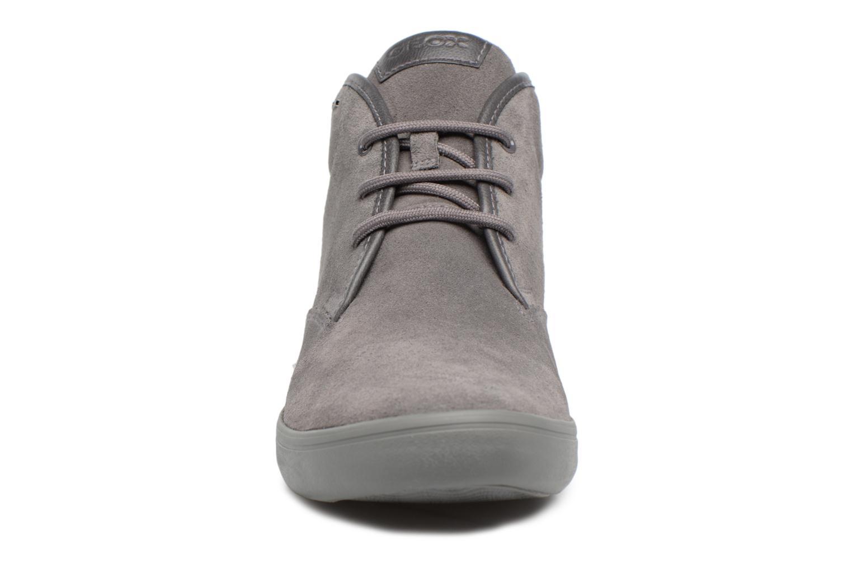 Baskets Geox U BOX H Gris vue portées chaussures
