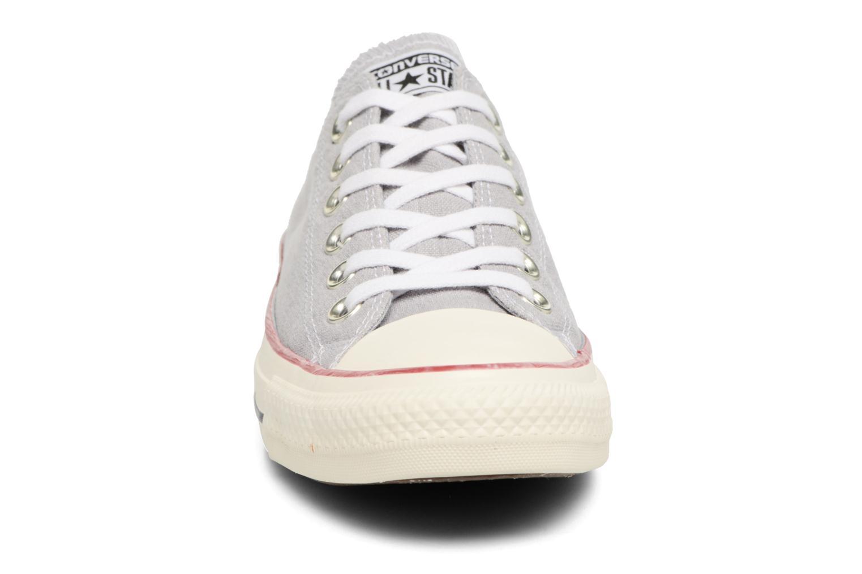 Baskets Converse Chuck Taylor All Star Stone Wash Ox W Bleu vue portées chaussures