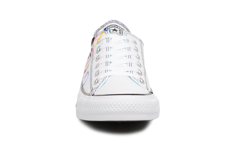 Baskets Converse Chuck Taylor All Star Print Ox Multicolore vue portées chaussures