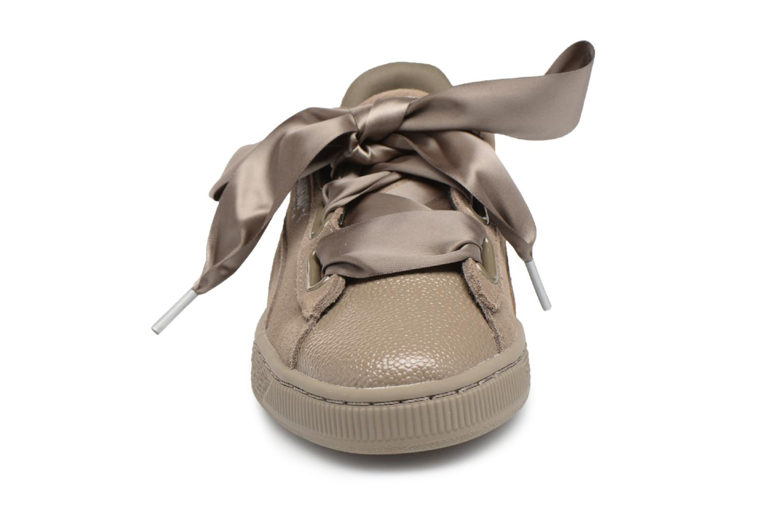 Baskets Puma Suede Heart Bubble Wn's Vert vue portées chaussures