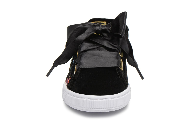 Baskets Puma Basket Heart Hyper Emb Wn's Noir vue portées chaussures