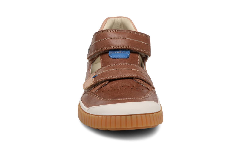 Sneakers Noël OSCAR 2 Bruin model