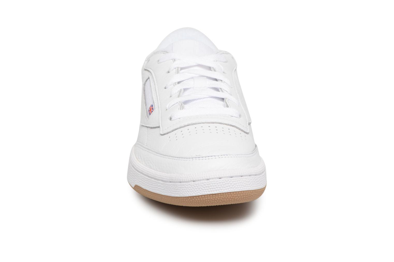 Baskets Reebok Club C 85 Estl M Blanc vue portées chaussures